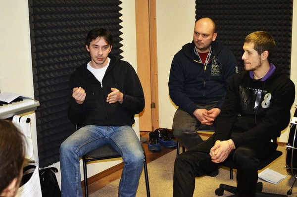 Преподаватели курса музыкальная